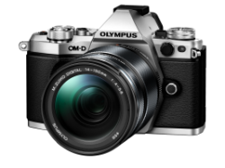 Цифровая камера OLYMPUS E-M5 mark II 14-150 II Kit серебристый/черный
