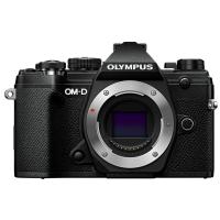 Цифровая камера OLYMPUS E-M5 mark III Body черный
