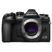 Цифровая камера OLYMPUS E-M1 mark III Body черный